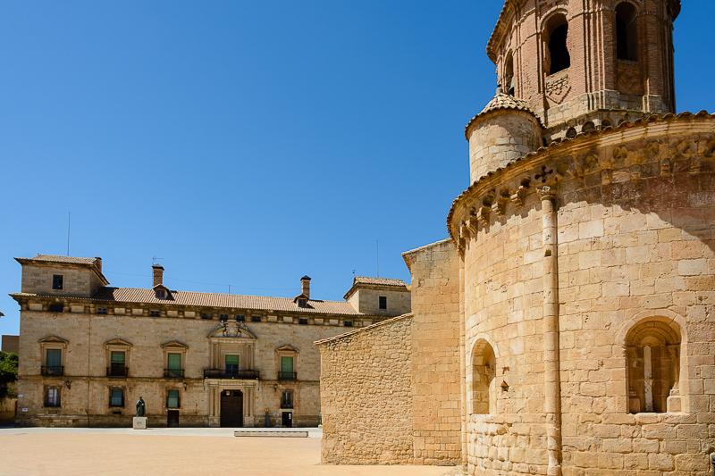 Almazán: Iglesia de San Miguel y Palacio de los Hurtado de Mendoza