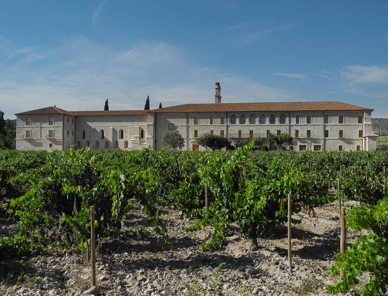 Quintanilla de Onésimo: Monasterio de Santa María de Retuerta